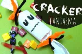 Cracker fantasma con rollo de papel