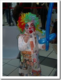 Payaso con papel