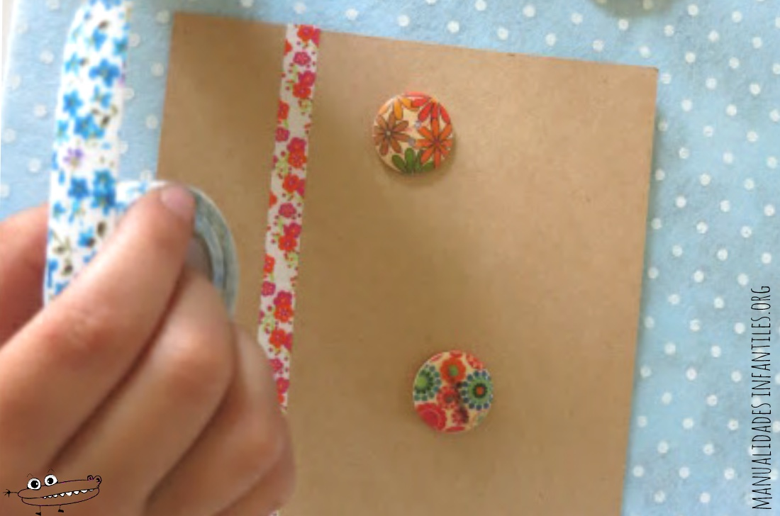 Postal decorada con washi tape