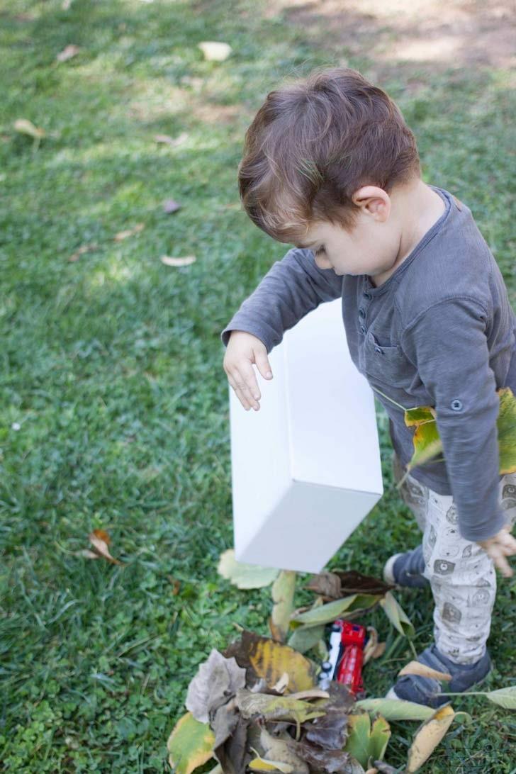 Juego de buscar el tesoro en las hojas actividades sensoriales