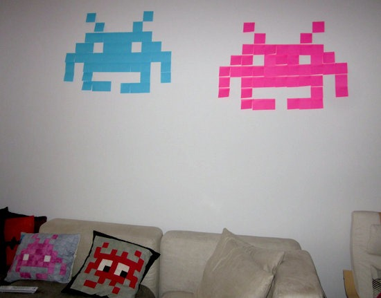 space invaders con post-it